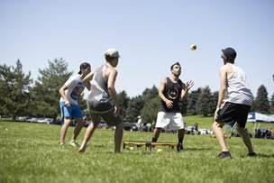 kids playing spikeball